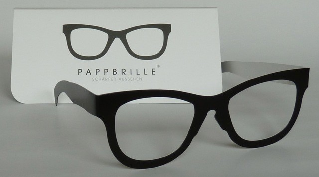 Pappbrille Classic black