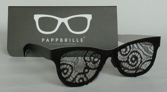 Pappbrille Schwarze Witwe